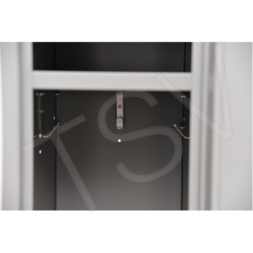 casier en acier 2 demi portes incline base retrait areic. Black Bedroom Furniture Sets. Home Design Ideas